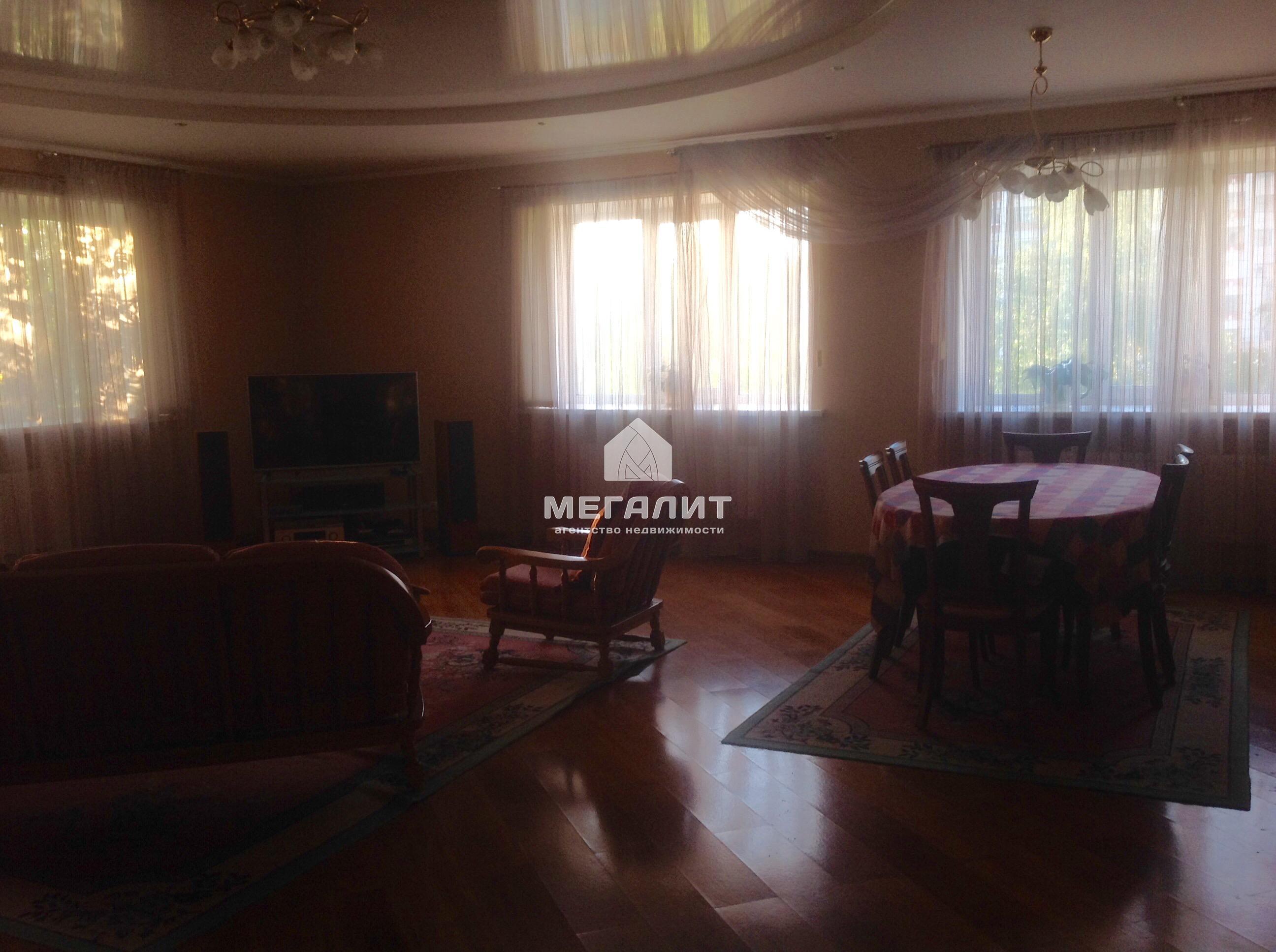 Аренда 3-к квартиры Мулланура Вахитова 6