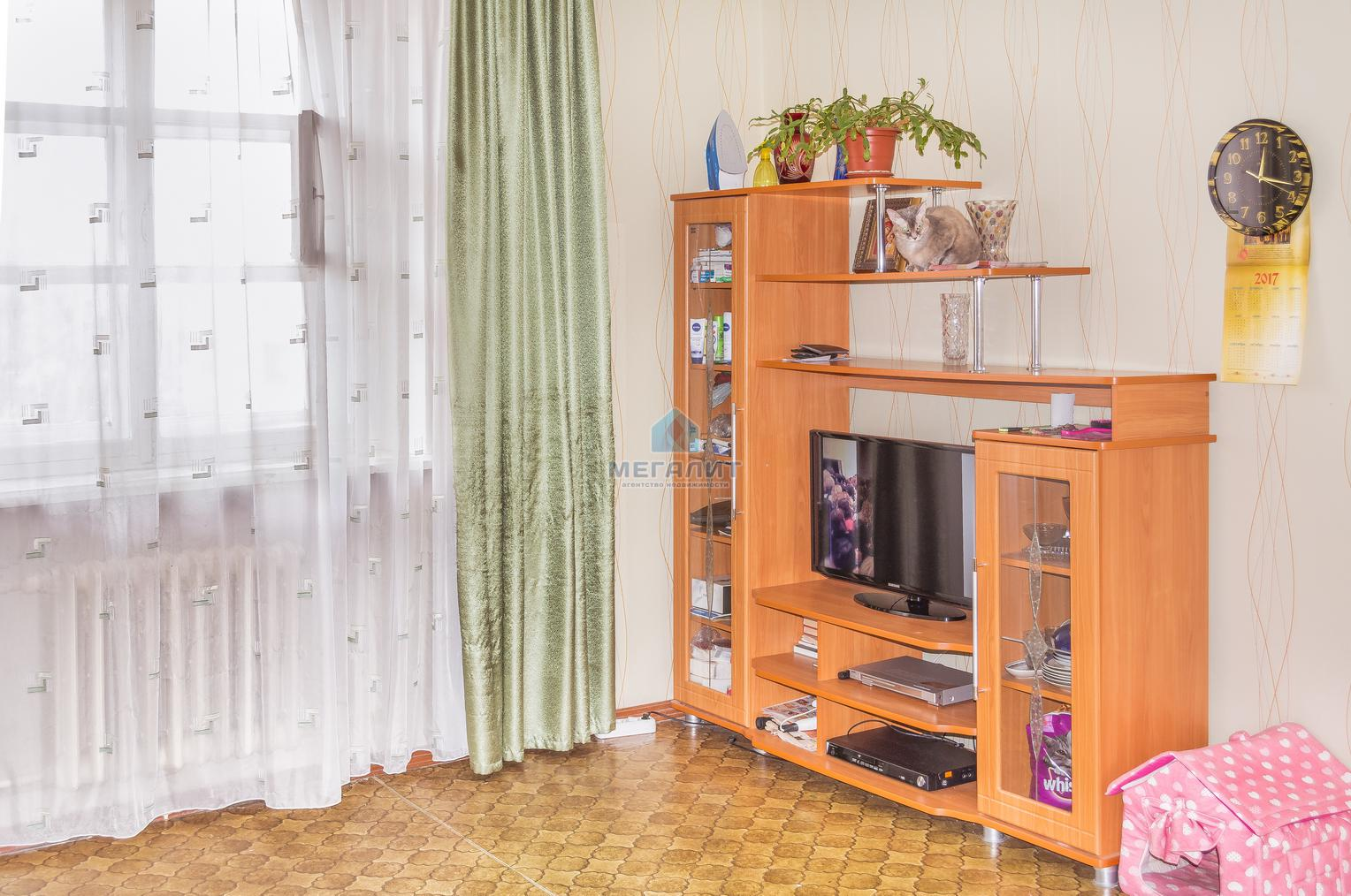 Продажа  комнаты Гвардейская 20