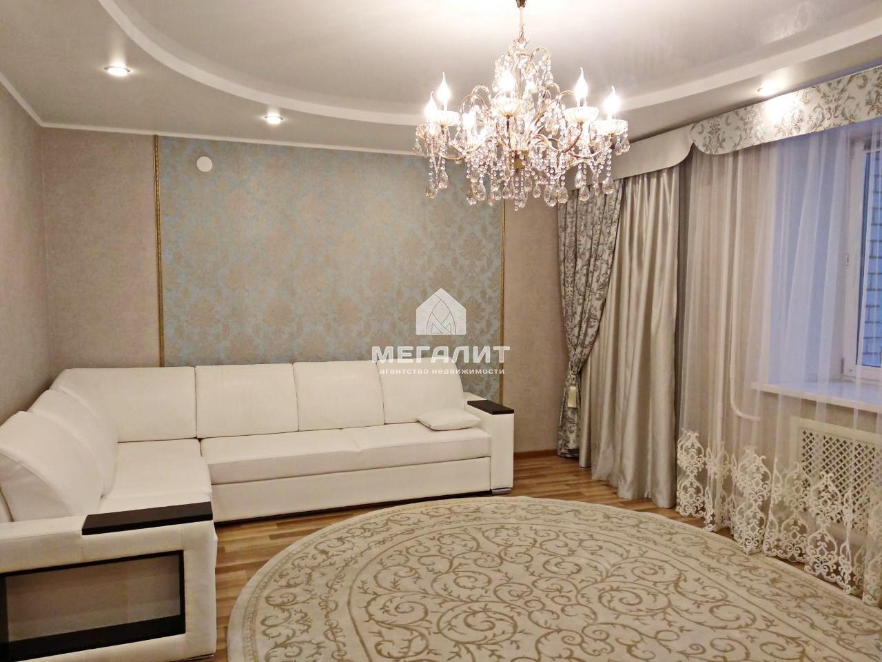 Продажа 2-к квартиры Адоратского 3а