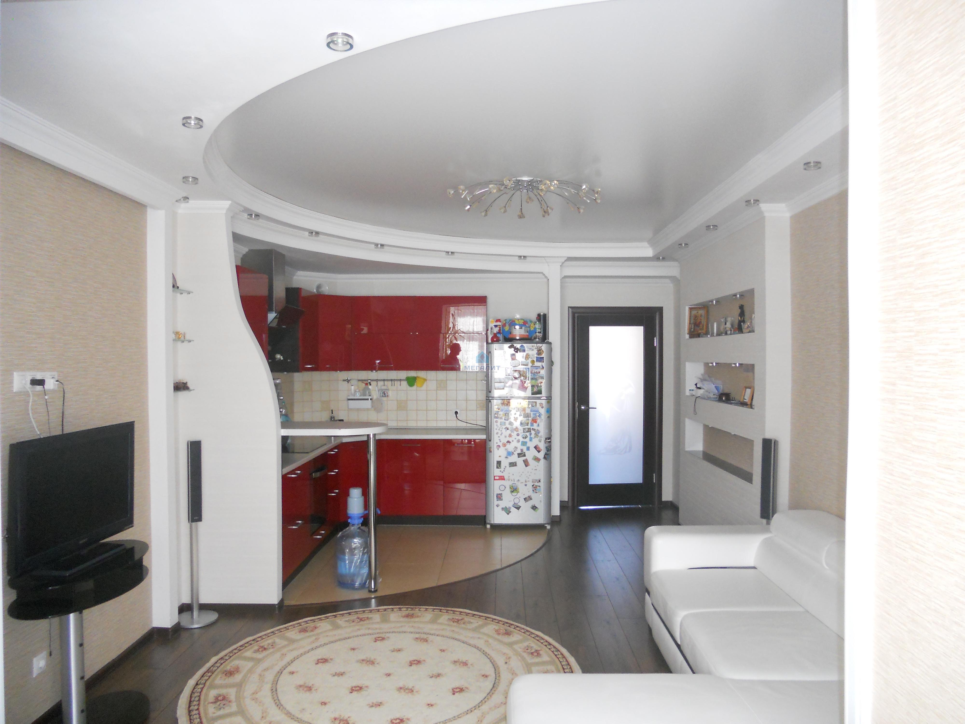 Продажа 3-к квартиры Адоратского 3а