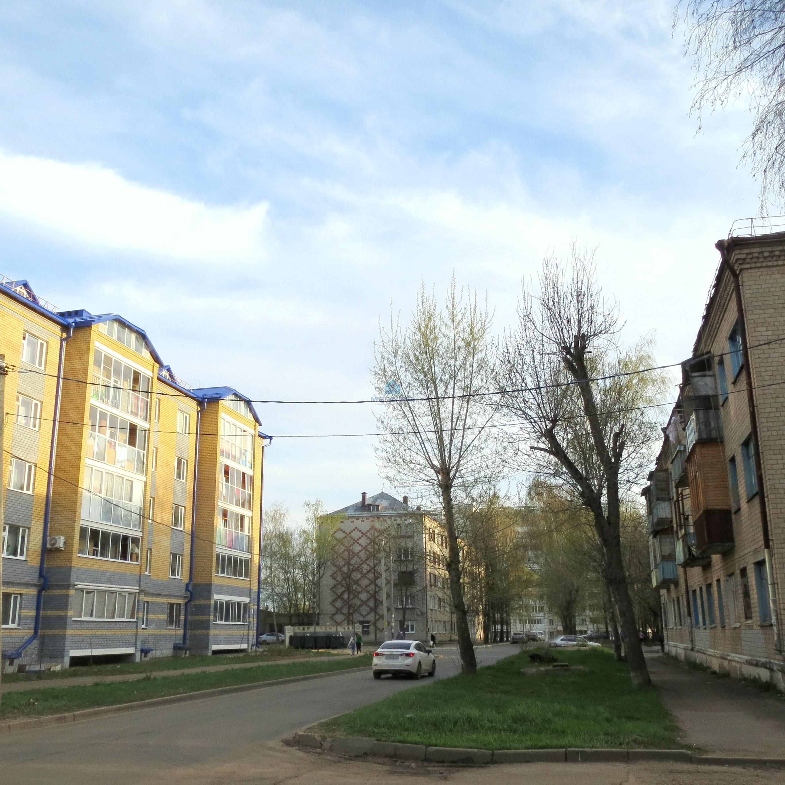 Продажа 3-к квартиры 40-летия Октября 18, 56 м²  (миниатюра №2)
