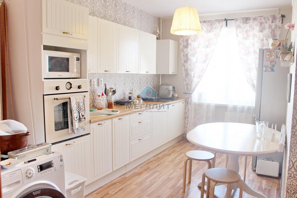 Продажа 3-к квартиры Садовая 4, 69 м² (миниатюра №1)