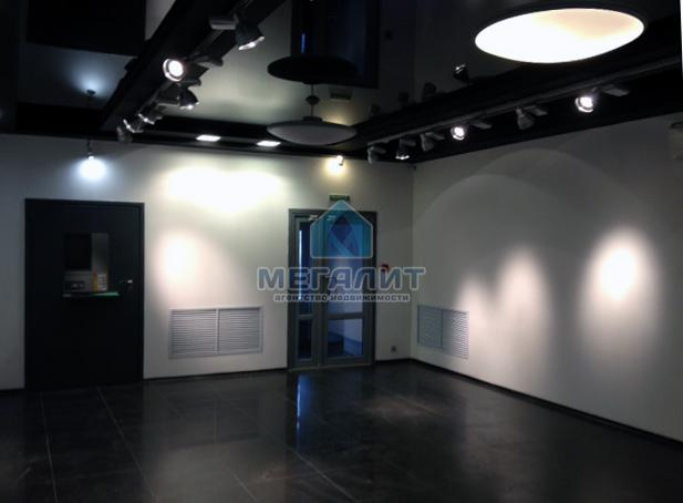Аренда  офисно-торговые Салимжанова 15, 170 м²  (миниатюра №1)