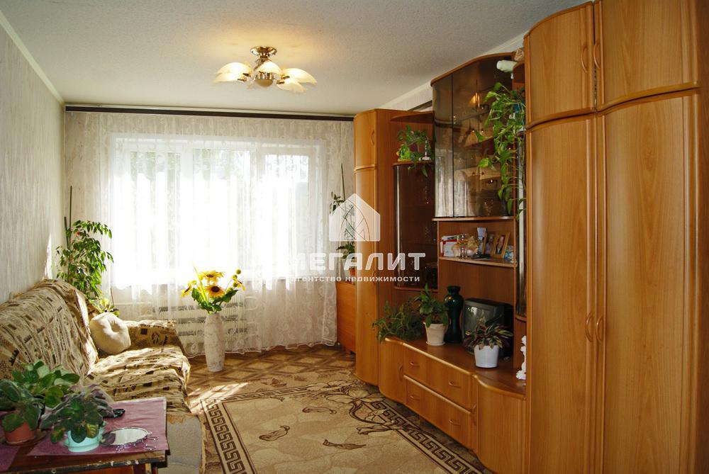Продажа 3-к квартиры Адоратского 6