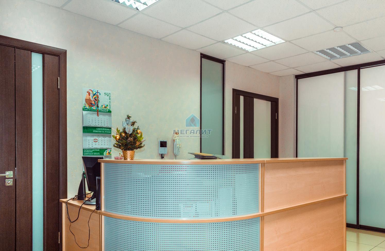 Аренда  офисно-торговые Достоевского 52