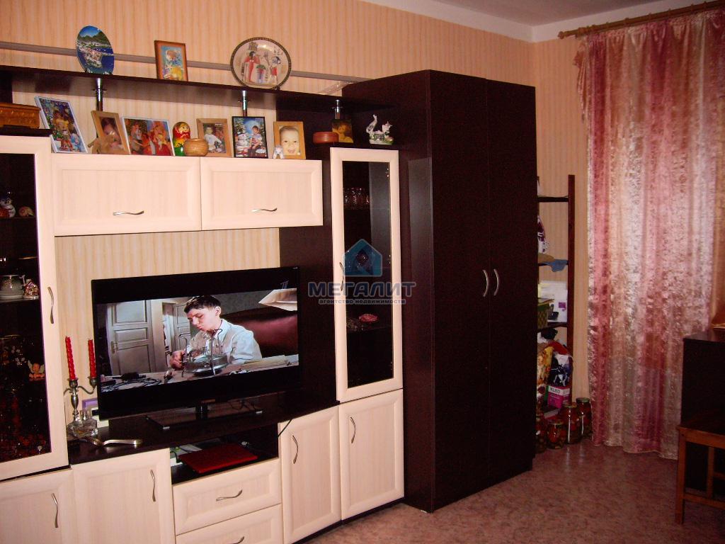 Продажа 1-к квартиры Амирхана 99А, 36.5 м² (миниатюра №1)