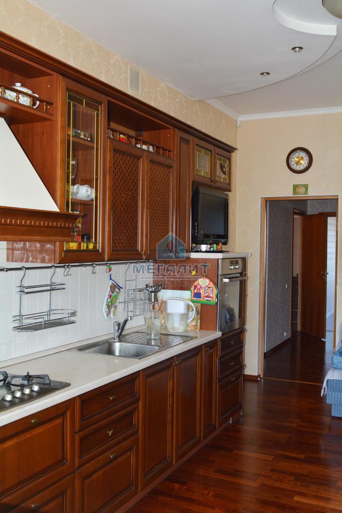 Продаю просторную 4-х комнатную квартиру по ул. Вахитова (миниатюра №4)