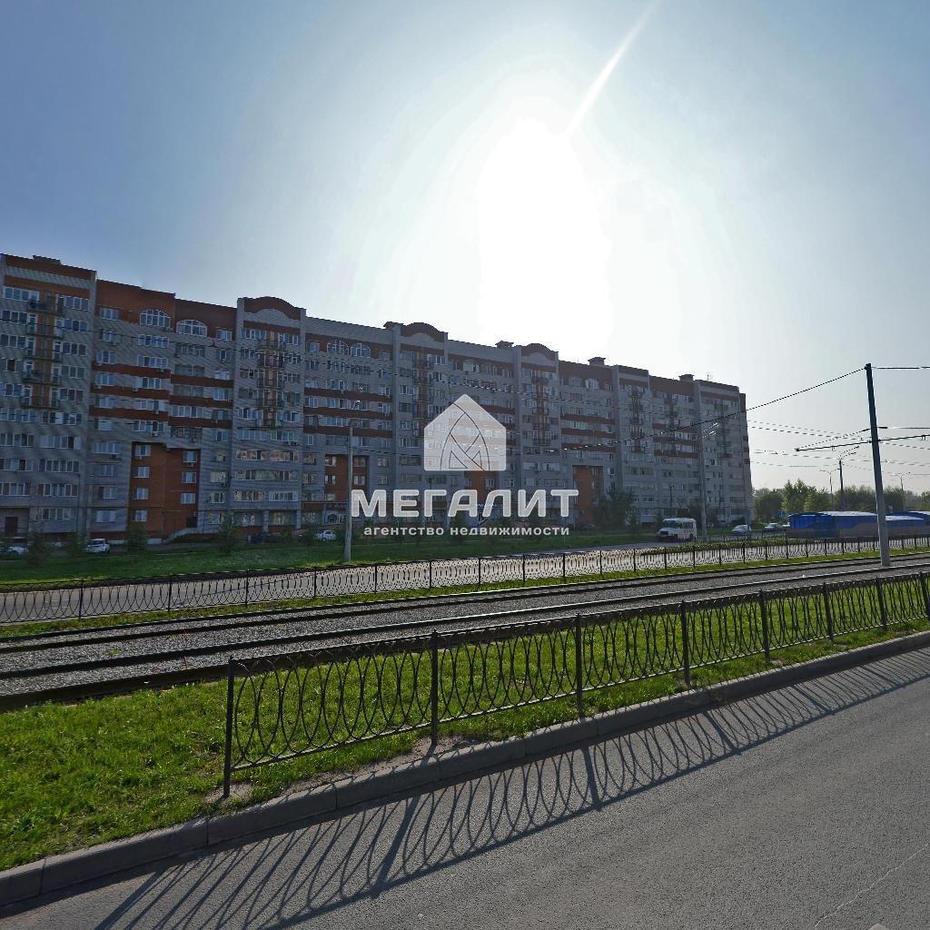 Аренда 1-к квартиры Коммунаров 2
