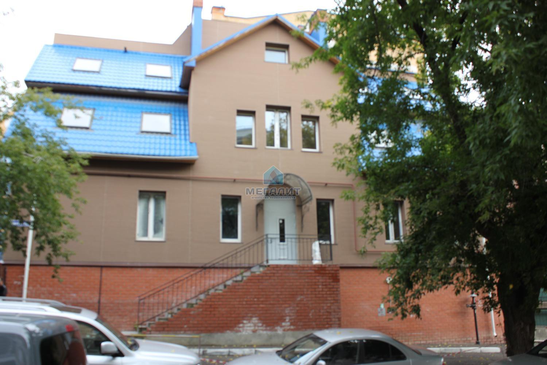 Продажа  помещения свободного назначения Айвазовского 5