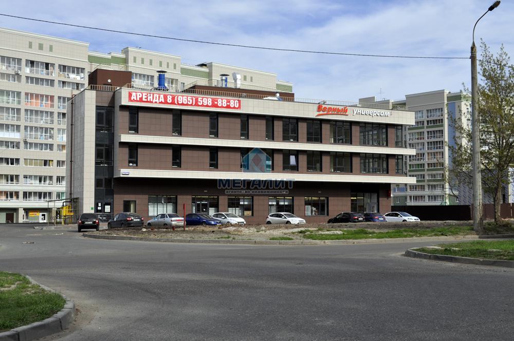 Продажа  помещения свободного назначения Комиссара Габишева 38, 2023 м² (миниатюра №1)