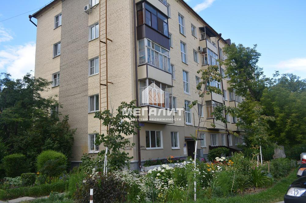 Продажа 2-к квартиры Бирюзовая 21