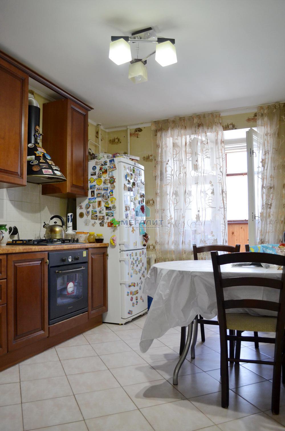 Продажа 2-к квартиры Юлиуса Фучика 82, 70 м2  (миниатюра №2)