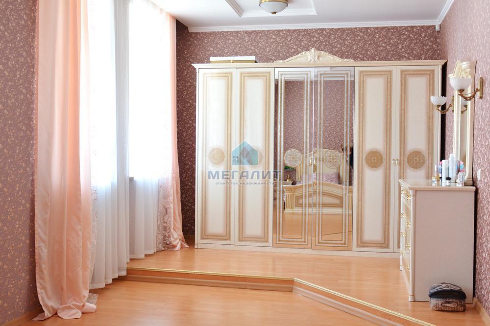Продаю просторную 4-х комнатную квартиру по ул. Вахитова (миниатюра №9)