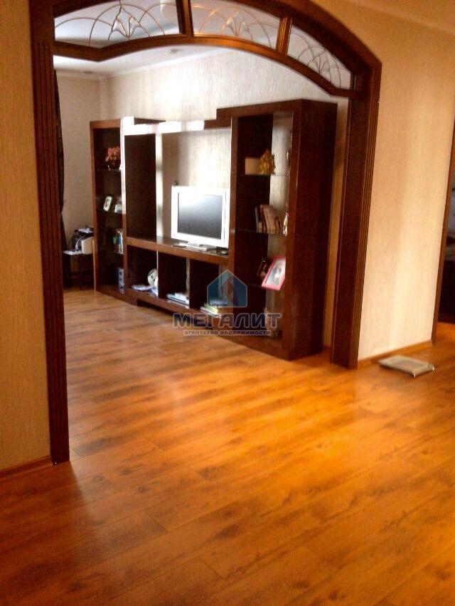Роскошная квартира с дизайнерским ремонтом (миниатюра №9)