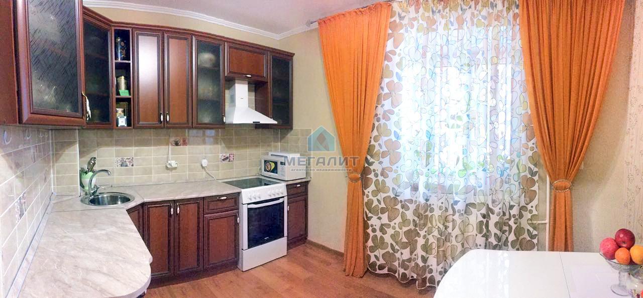 Продажа 1-к квартиры Гвардейская 31/42, 47.0 м² (миниатюра №1)