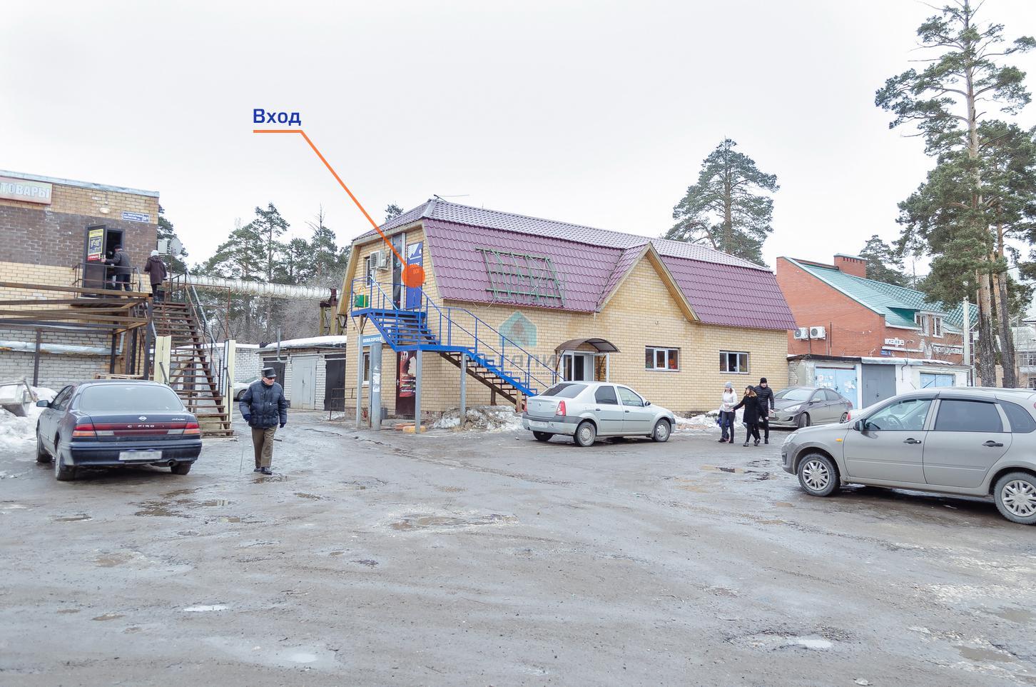 Аренда  офисно-торговые Липатова 9а