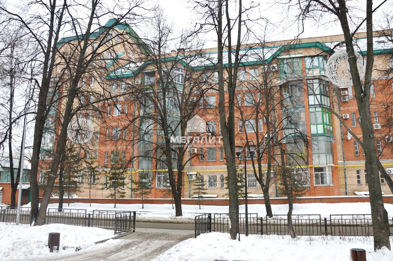 Продажа 4-к квартиры Достоевского 40
