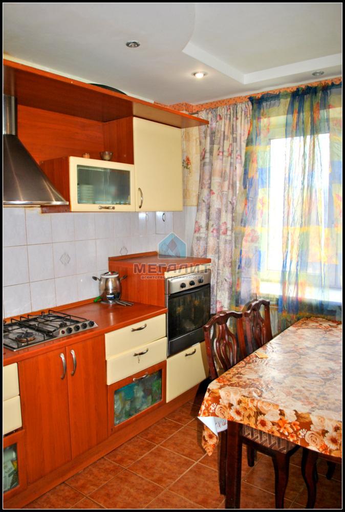 Продажа 3-к квартиры Адоратского 43, 74 м2  (миниатюра №1)