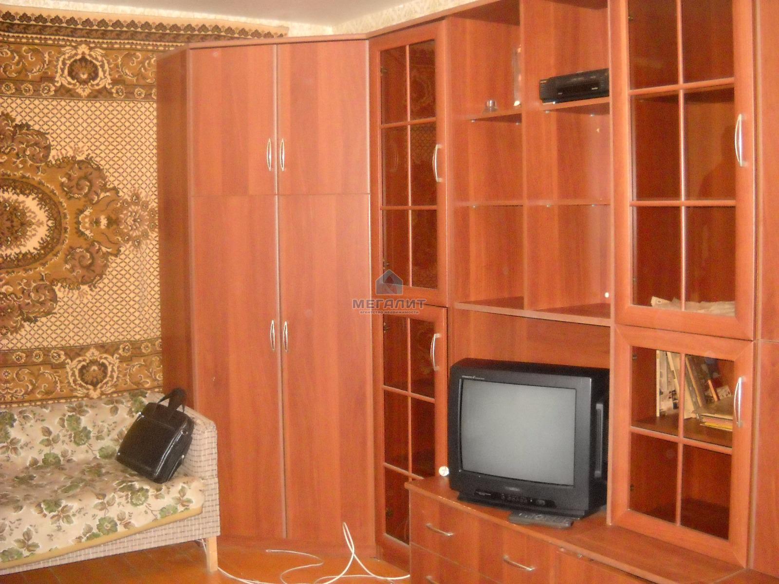 Аренда 1-к квартиры Комарова 10