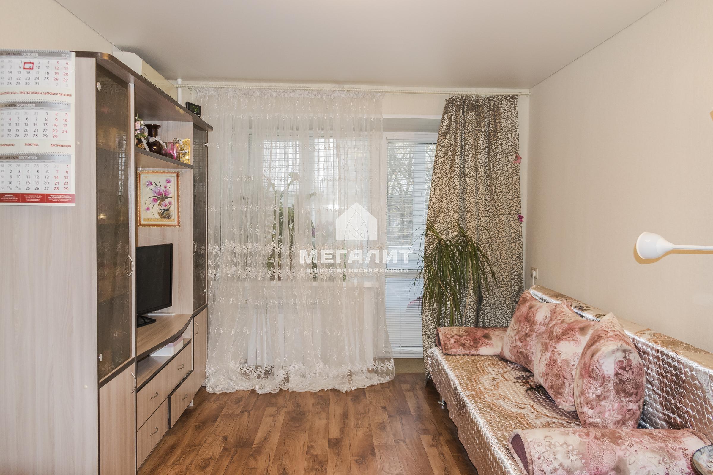 Продажа 2-к квартиры Липатова 3
