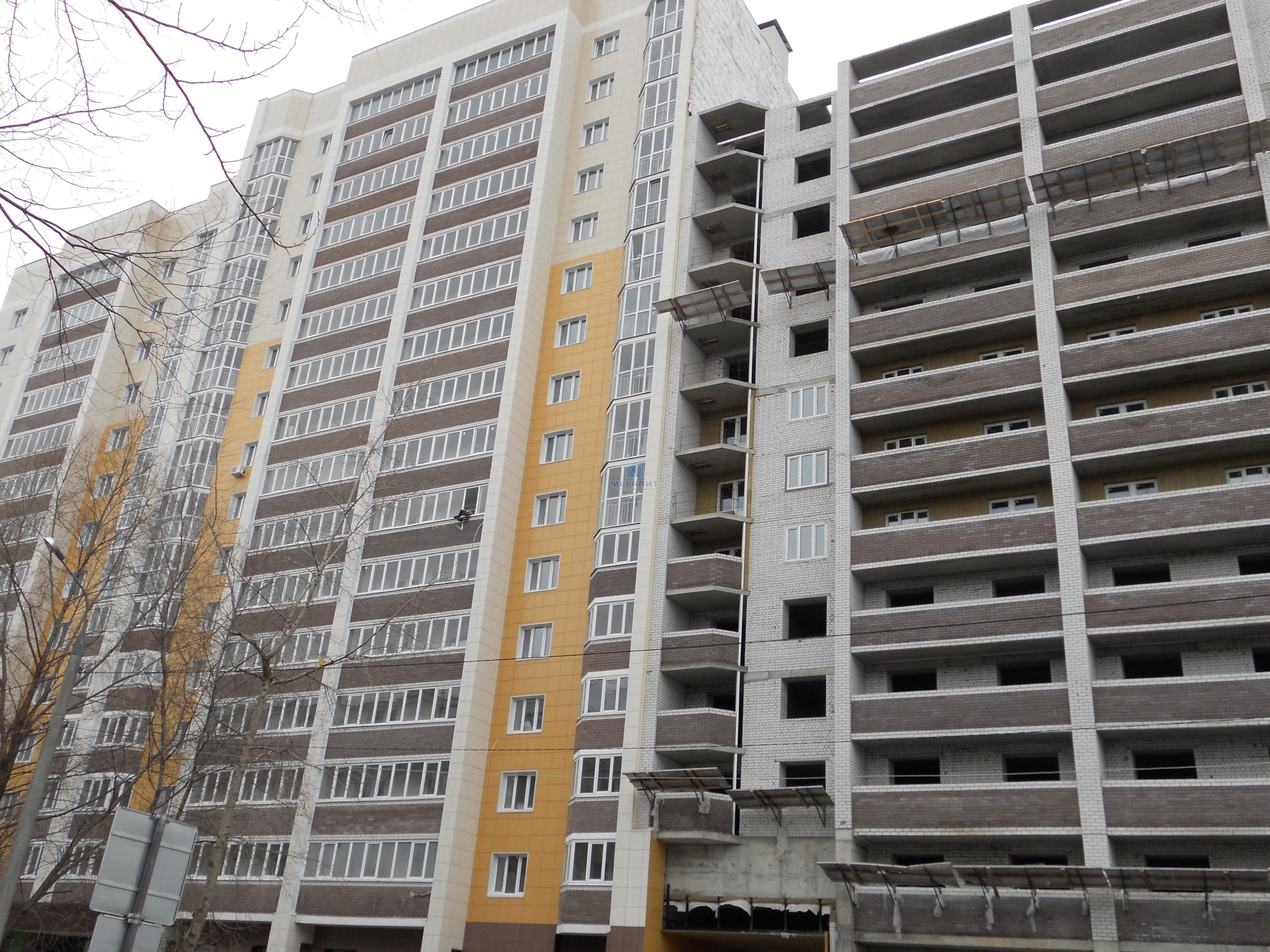 Продажа 2-к квартиры Академика Лаврентьева 11, 75 м2  (миниатюра №1)