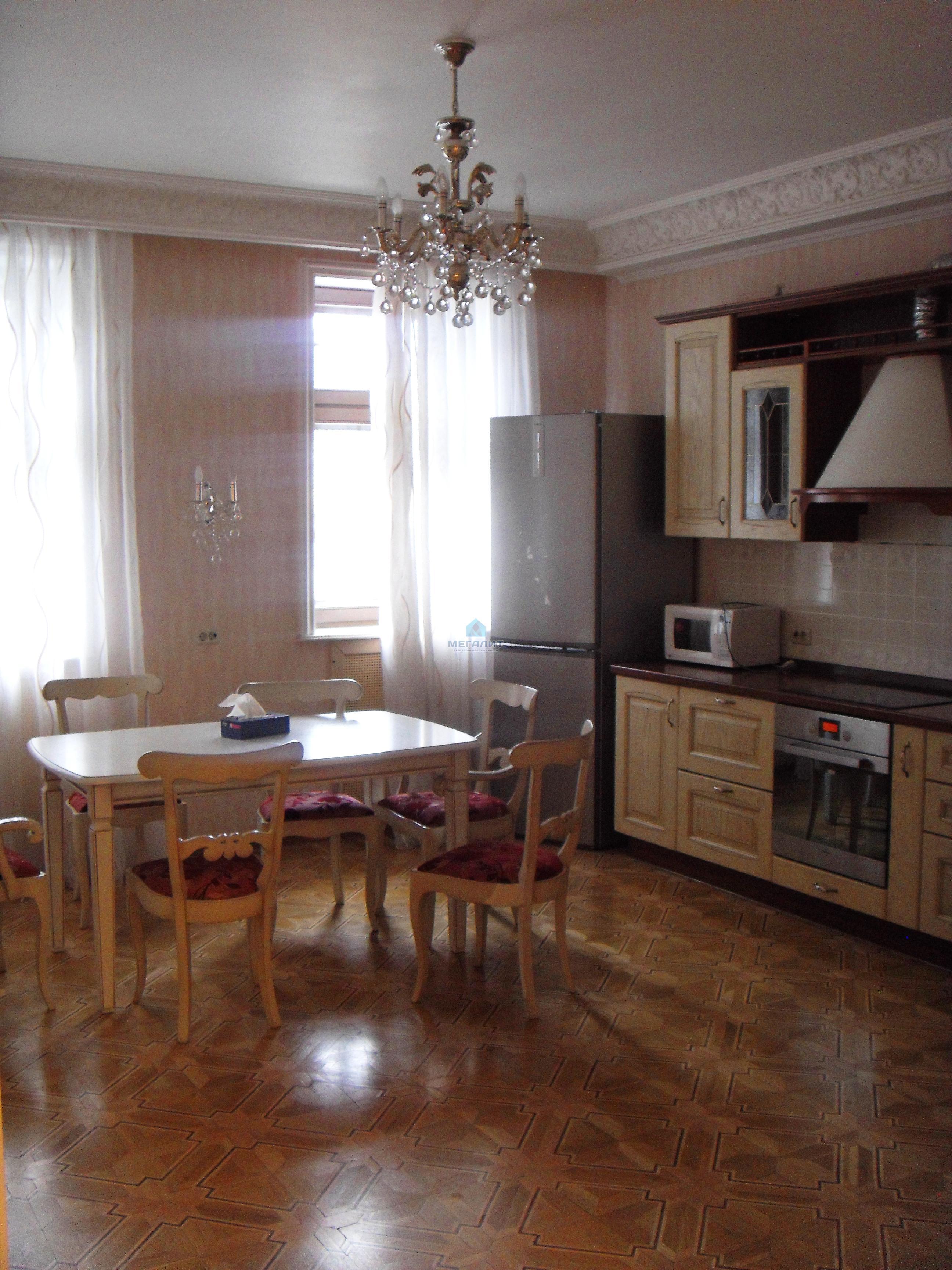 Аренда 4-к квартиры Малая Красная 3, 198 м² (миниатюра №3)