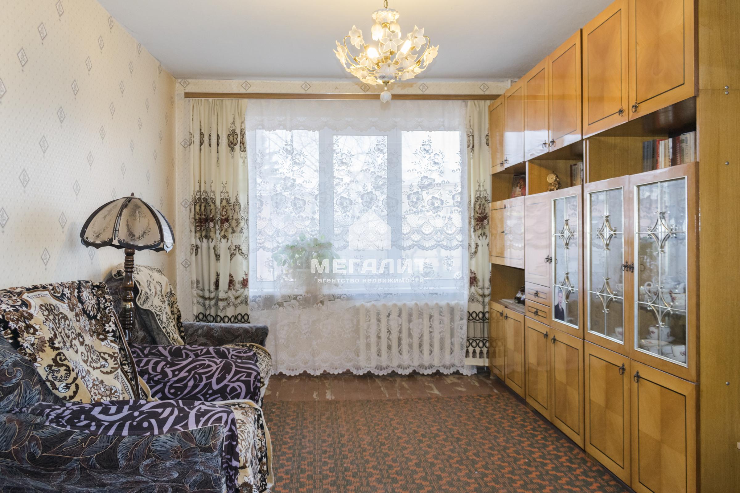 Продажа 2-к квартиры Космонавтов 9