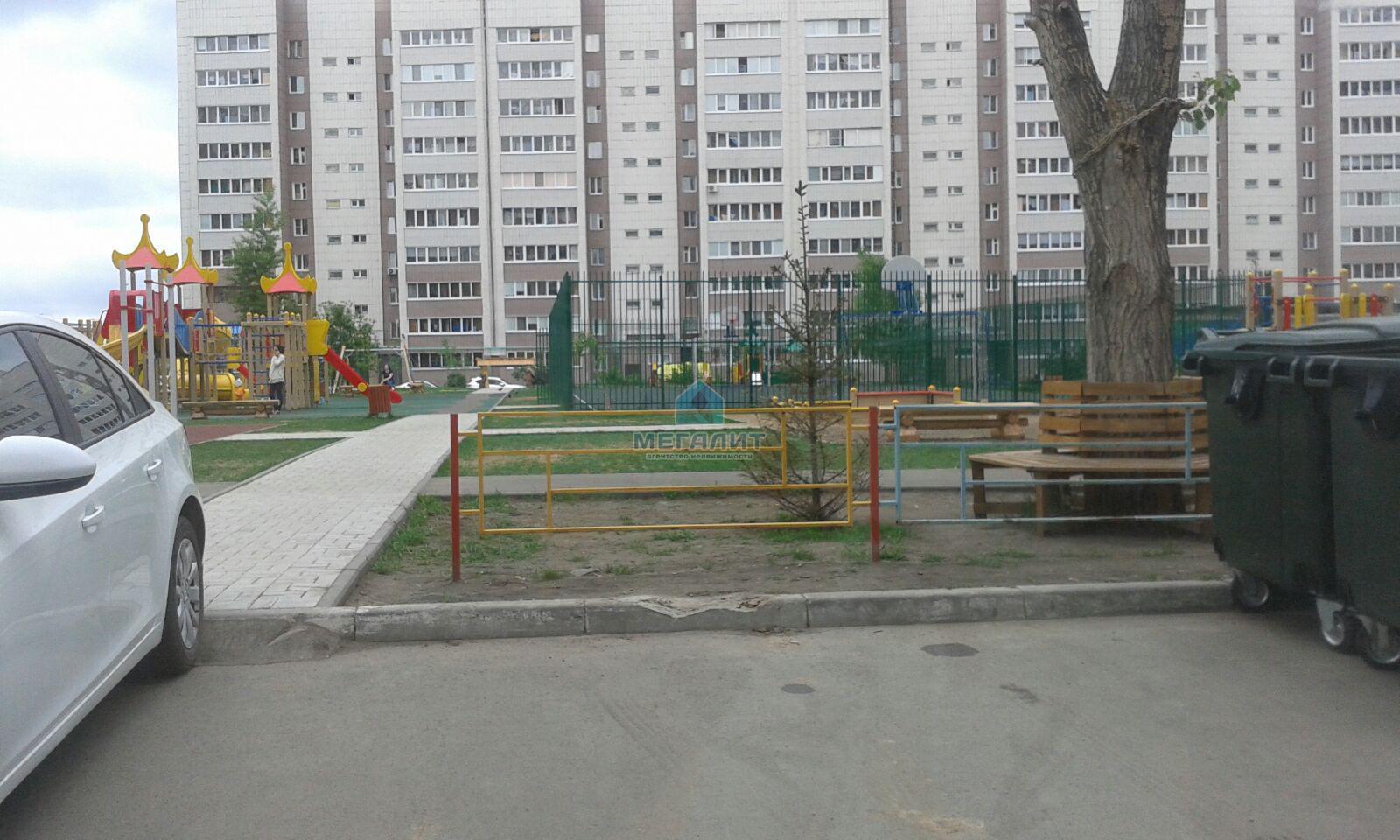 Аренда 3-к квартиры Карбышева 63, 70 м²  (миниатюра №1)