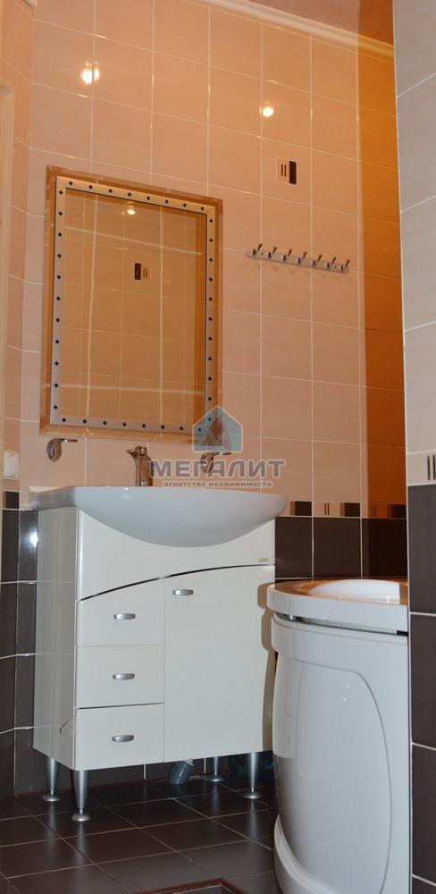 Продаю просторную 4-х комнатную квартиру по ул. Вахитова (миниатюра №12)