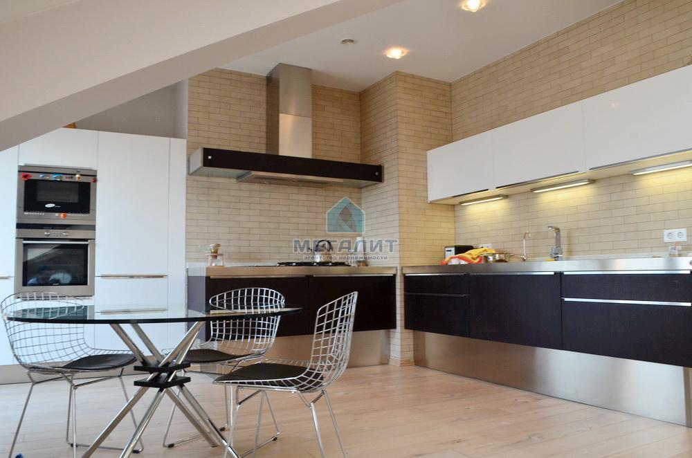 Продажа мн-к квартиры Касаткина 20, 265 м²  (миниатюра №3)