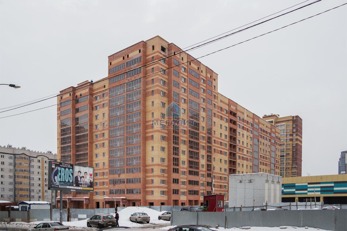 Продажа 3-к квартиры Юлиуса Фучика, 90 м² (миниатюра №1)