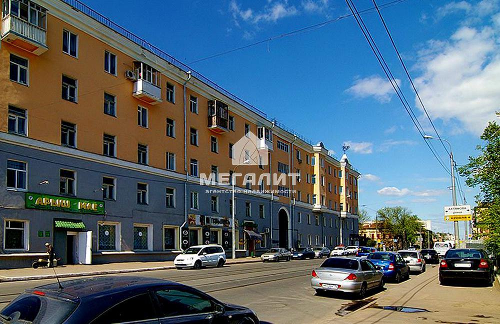 Продажа 2-к квартиры Габдуллы Тукая 102
