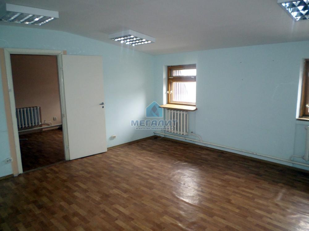 Продажа  офисно-торговые Оренбургский тракт 20а, 313 м² (миниатюра №1)