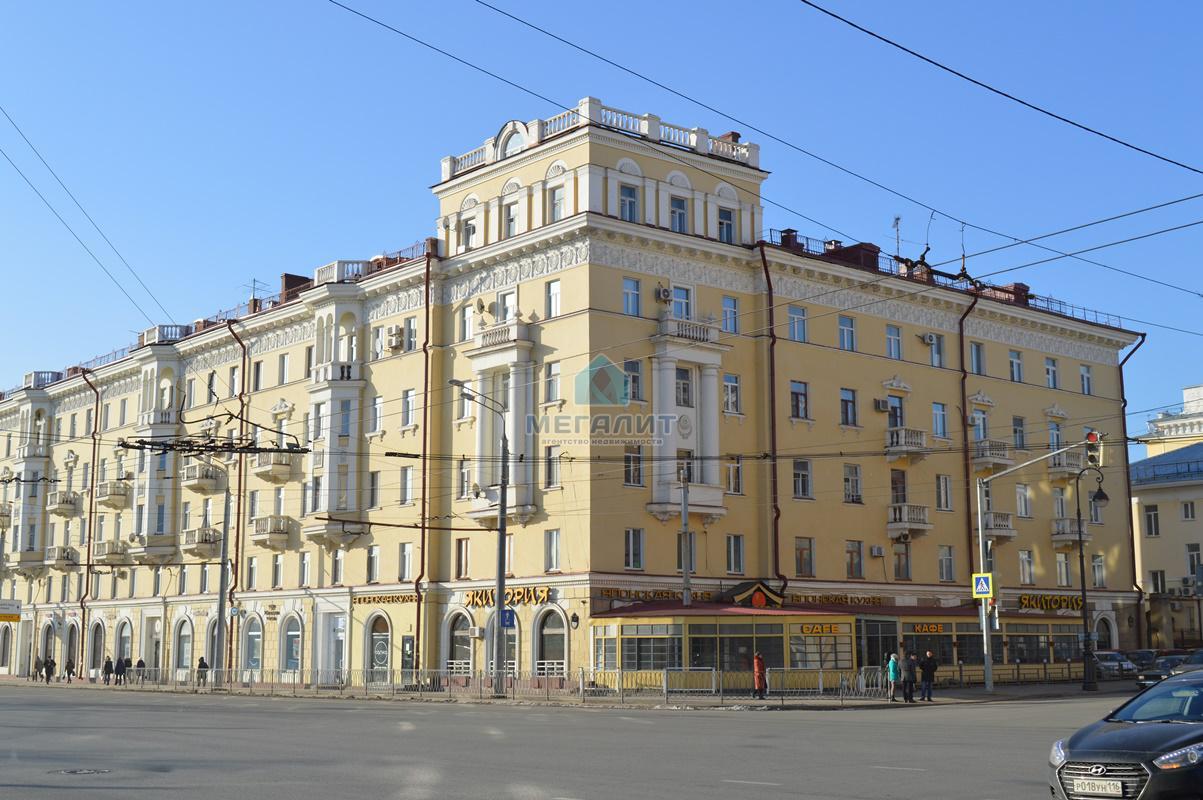 Продажа 2-к квартиры Пушкина 3