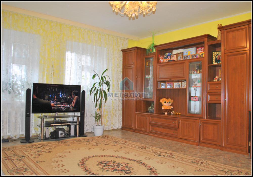 Продажа 2-к квартиры Четаева 28, 85 м² (миниатюра №1)