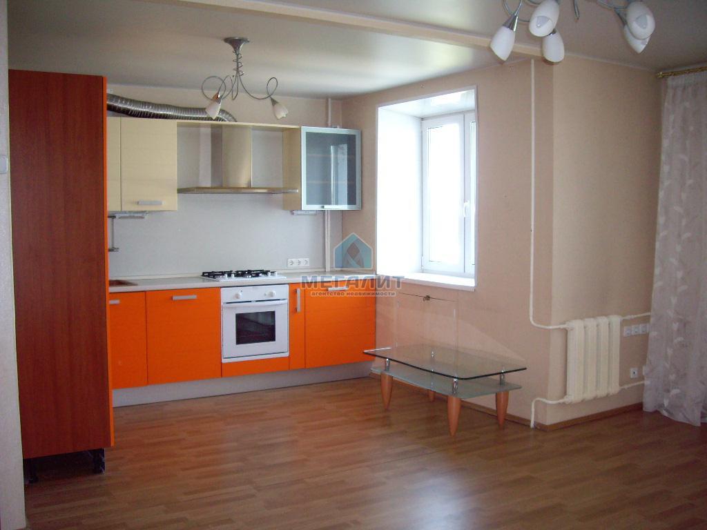 Продается 4 комнатная квартира улучшенной планировки (миниатюра №6)