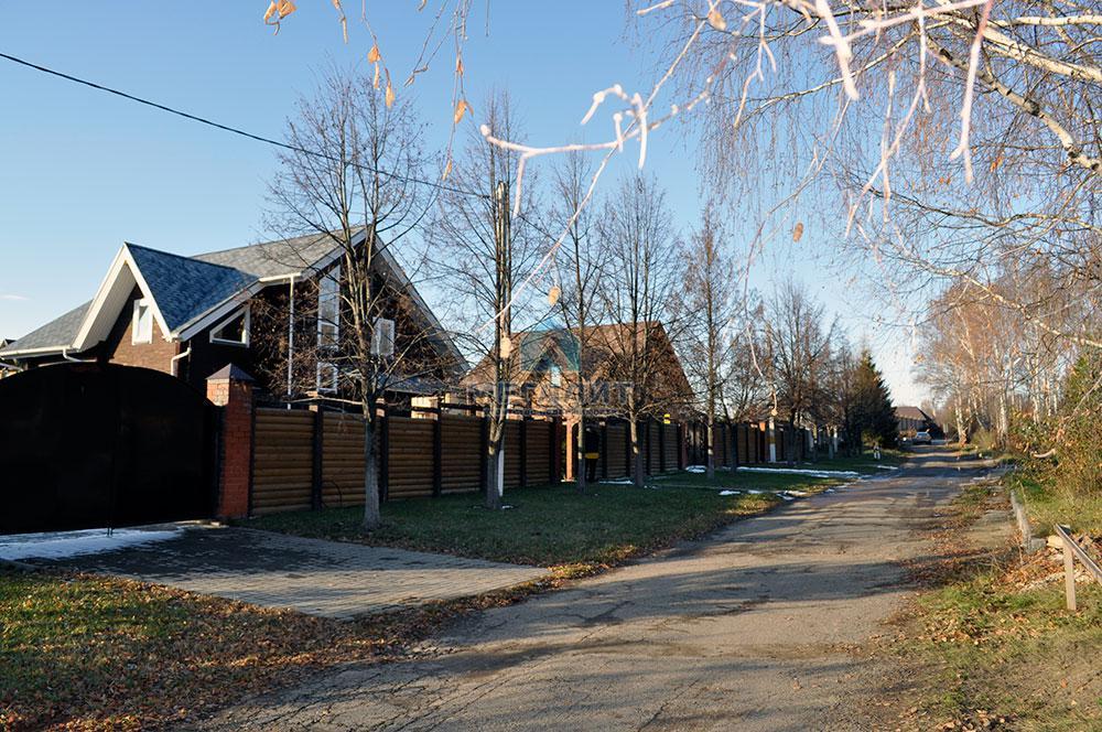 Дом в поселке Вороновка: комфорт в гармонии с природой (миниатюра №19)