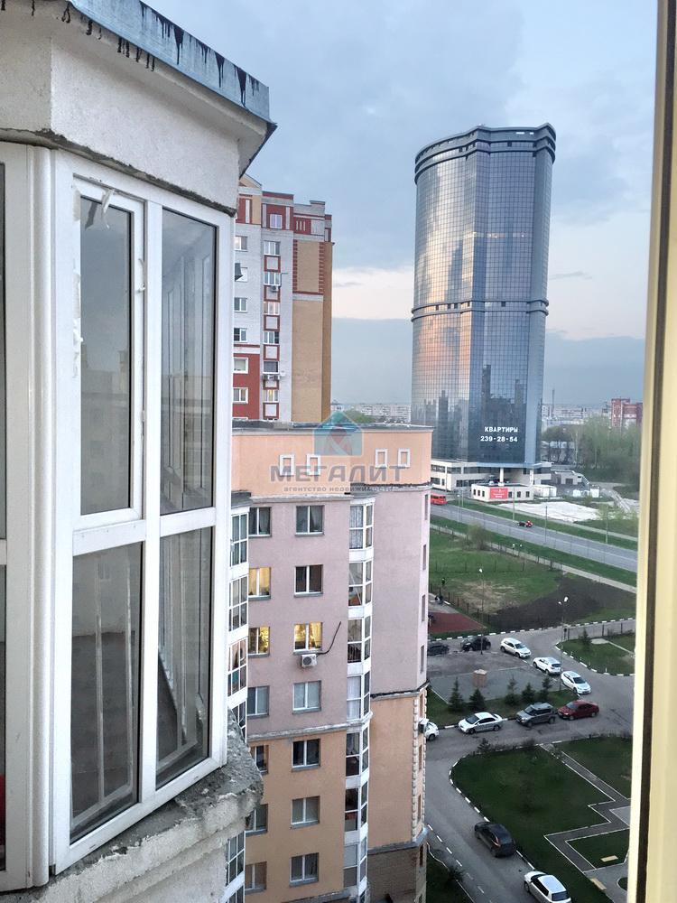 Продажа 3-к квартиры Курская 27, 70 м2  (миниатюра №1)