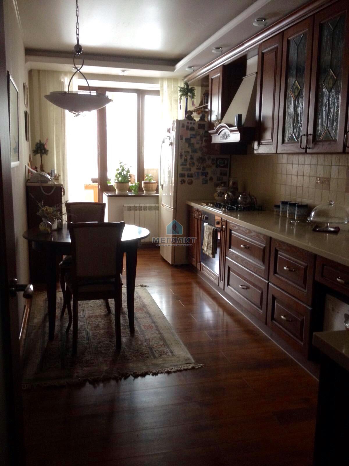 Роскошная квартира с дизайнерским ремонтом (миниатюра №11)