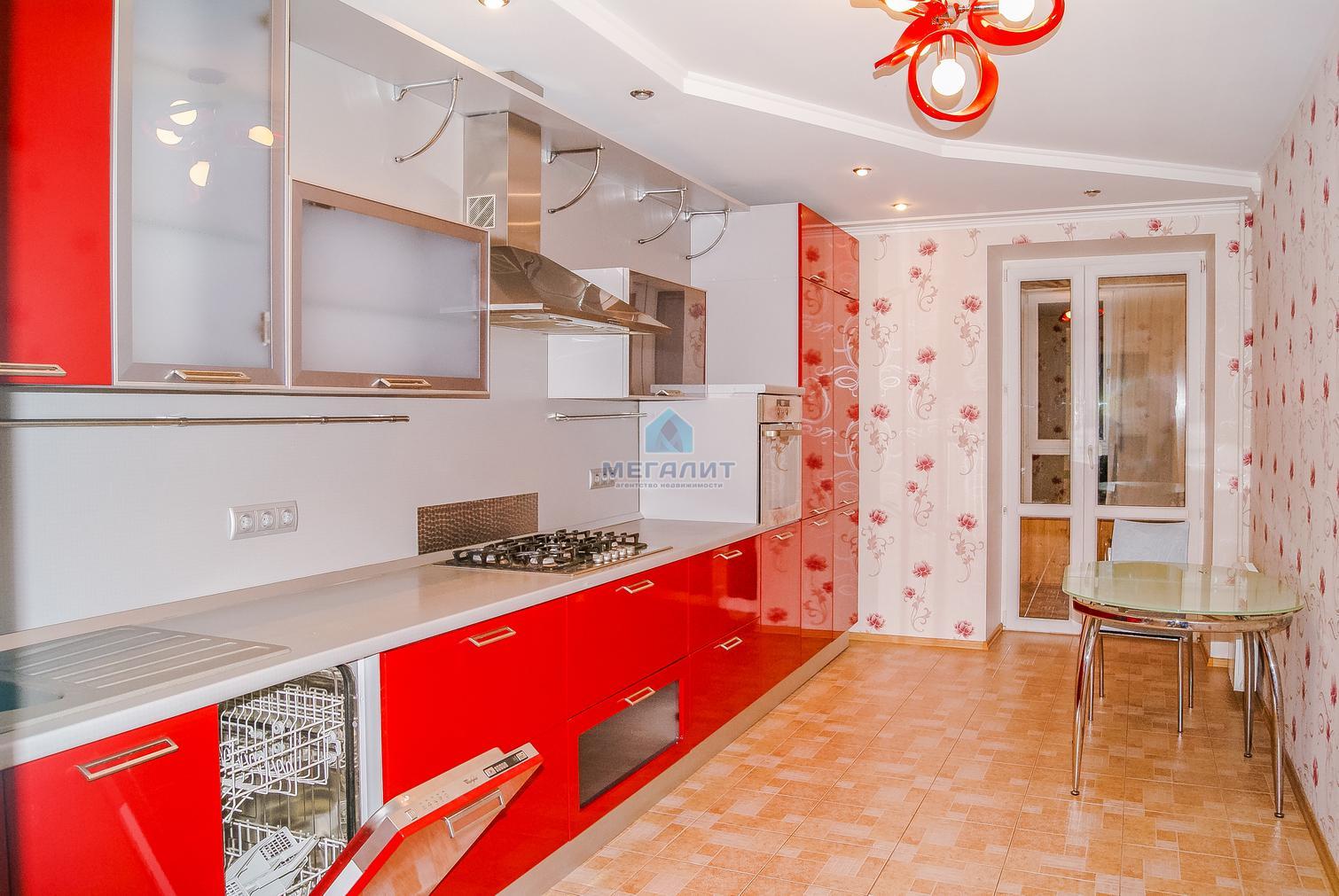 Продажа 3-к квартиры Чистопольская 75