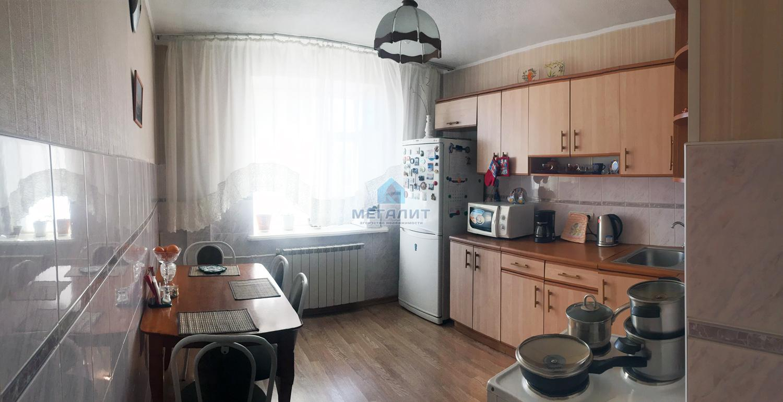 Продаю 3-х комнатную квартиру в доме повышенной комфортности! (миниатюра №2)