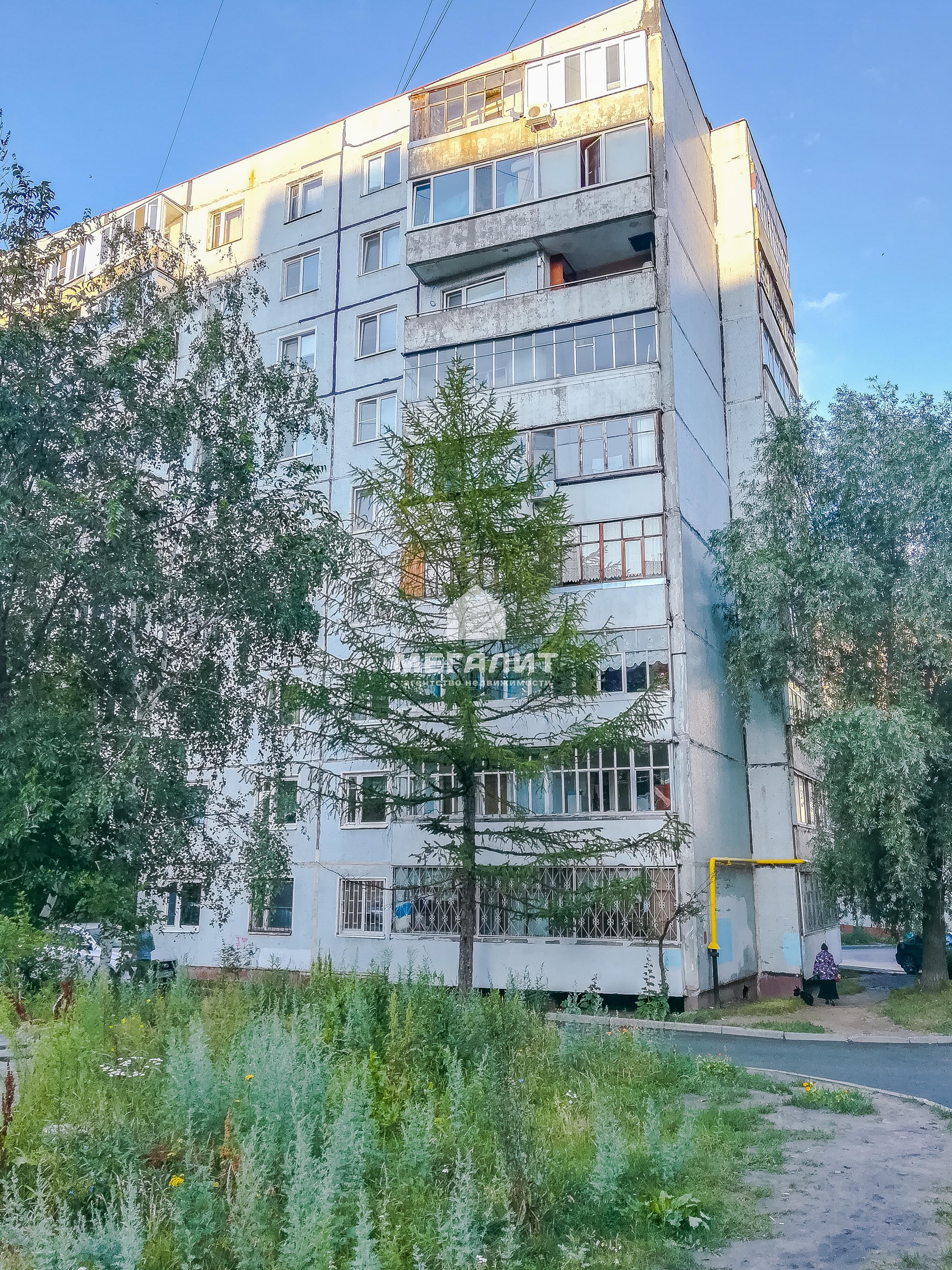 Продажа 2-к квартиры Серова 6к1