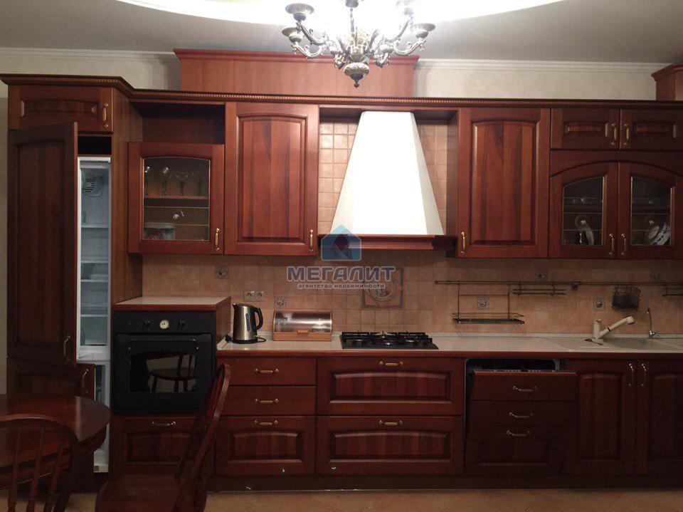 Продажа 4-к квартиры Тельмана 23, 194 м² (миниатюра №1)