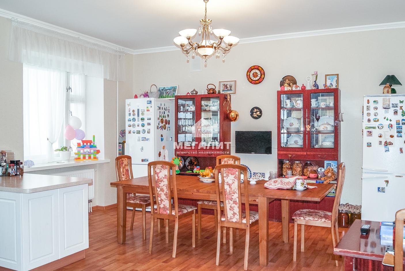 Продажа 3-к квартиры Енисейская 7