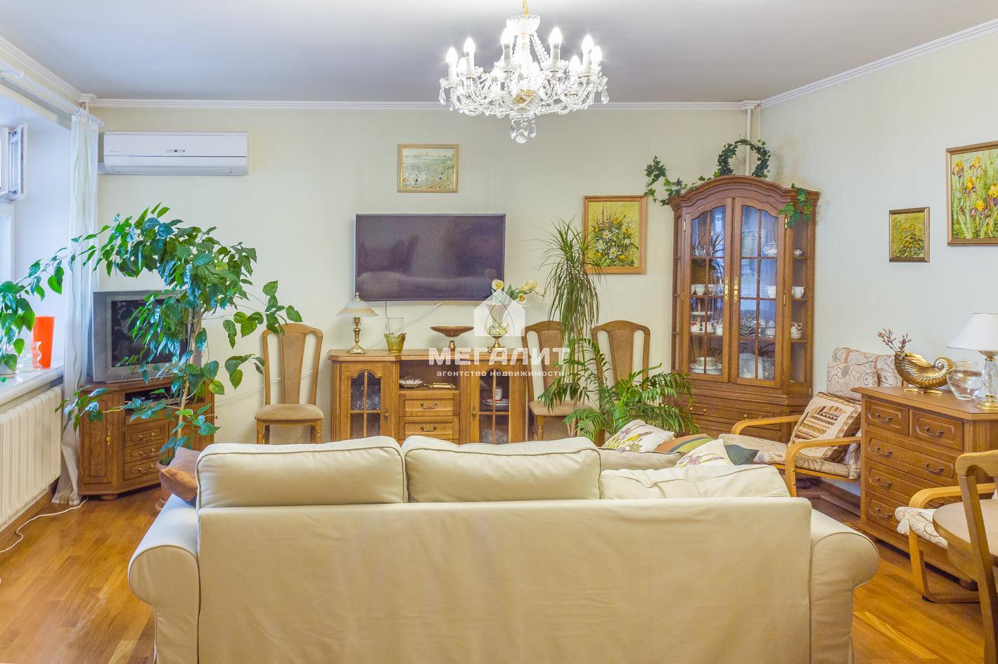 Продажа 4-к квартиры Сибирский Тракт 12 А