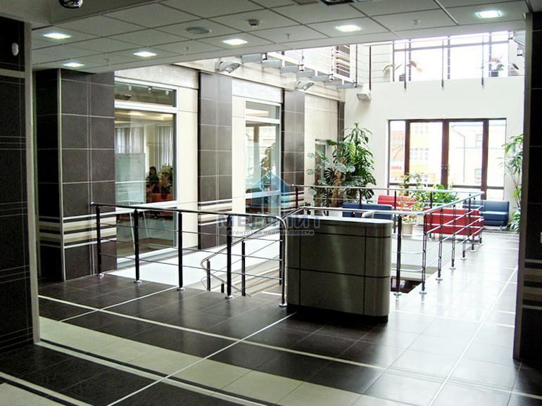 Аренда  офисно-торговые Петербургская 37, 635.0 м² (миниатюра №7)