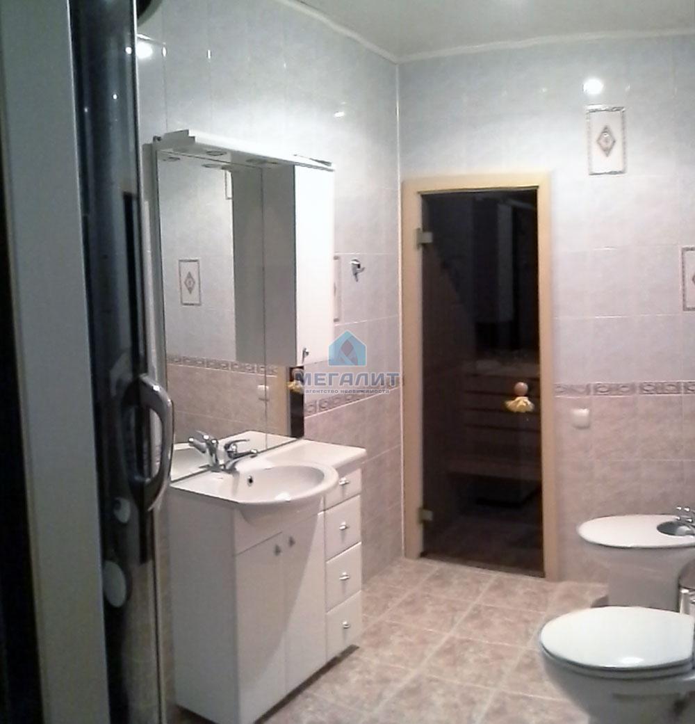 Продажа 1-к квартиры Космонавтов 55, 60 м2  (миниатюра №1)
