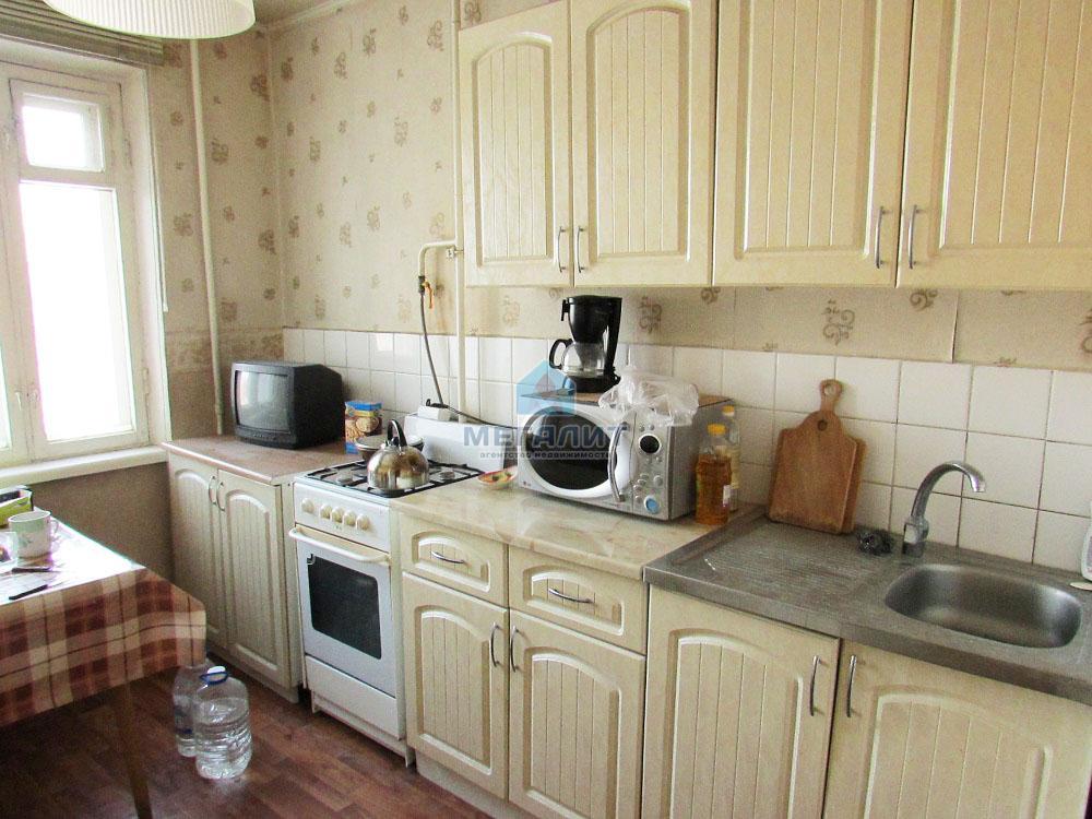 Продажа 3-к квартиры Фатыха Амирхана 47, 66 м² (миниатюра №1)