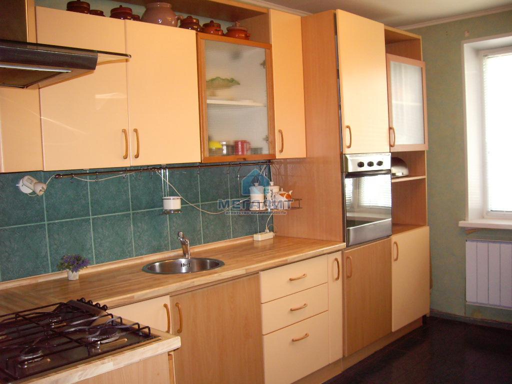 Продажа 4-к квартиры Серова 2, 120 м2  (миниатюра №1)