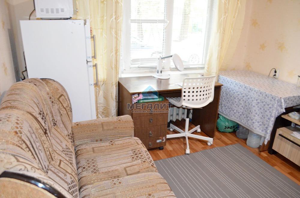Продажа  комнаты Аделя Кутуя 10
